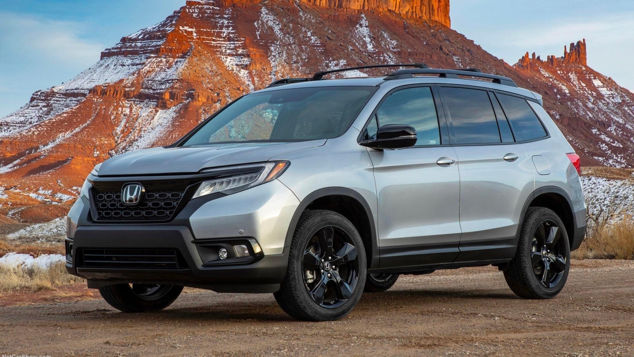 2020 Honda Passport vs. 2020 Jeep Grand Cherokee in ...